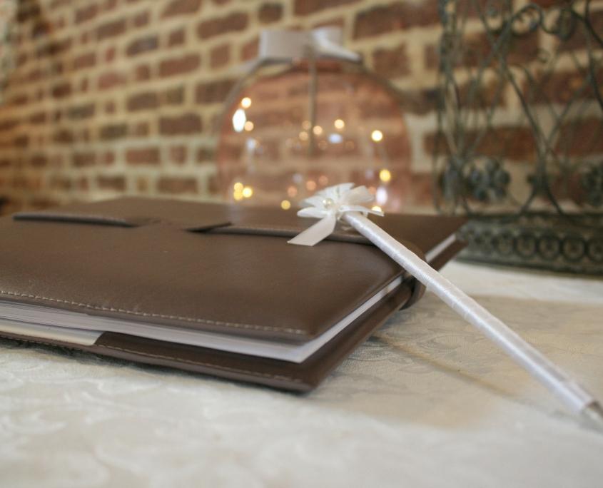livre d'or jacquette chocolat